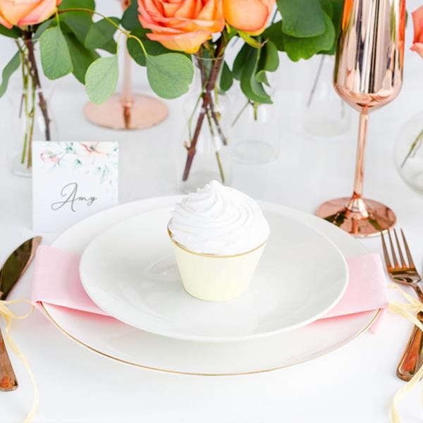 Cupcake Wraps Creme com Rebordo Dourado, 6 unid.