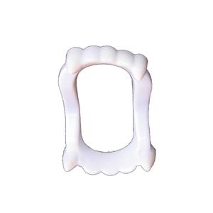 Dentadura de Vampiro em Plástico