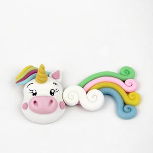 Figura Unicórnio e Arco-íris em Biscuit