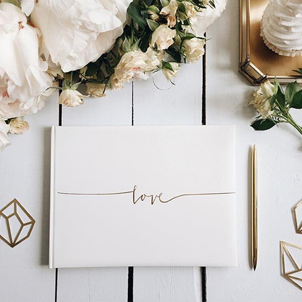Livro de Assinaturas Love Dourado