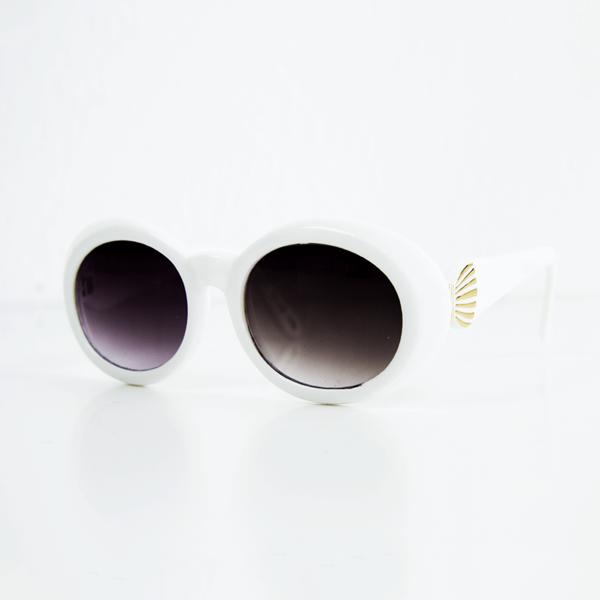 Óculos Brancos Anos 60