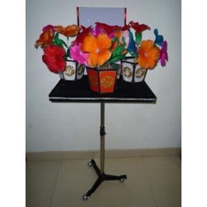 Aparição de 3 Vasos de flores - Appearing Bouquet & Vase Tab