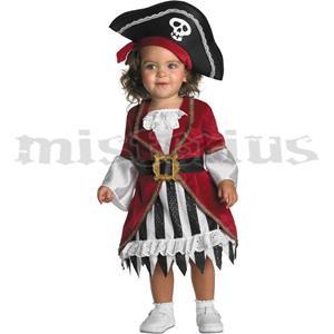 Fatos Pirata Capitã, Bébé