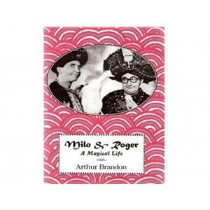 """Livros Milo/Roger a vida de um mágico-""""Milo/Roger a magic li"""